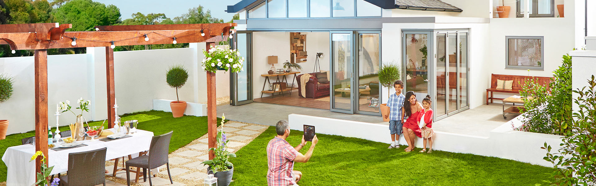 midland bi-folds folding door homepage