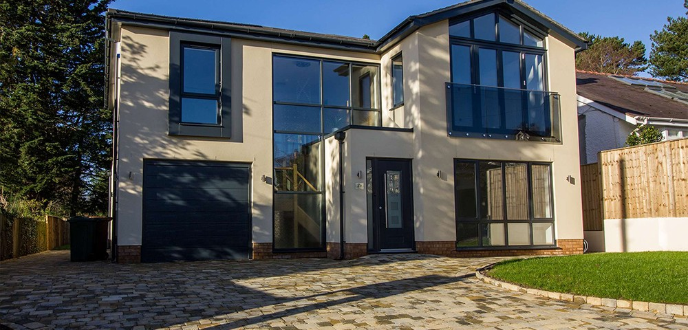 Full house with aluminium windows and doors