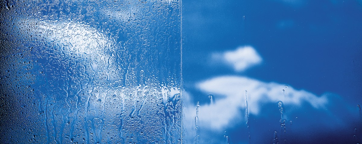 wet self cleaning glass vs standard glass for bi-fold doors and roof lanterns